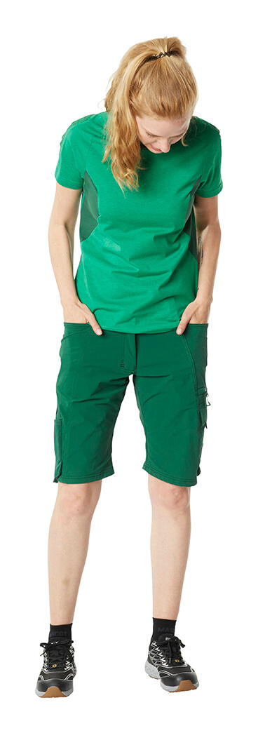 Woman - Shorts for women & Work T-shirt - MASCOT® ACCELERATE Green