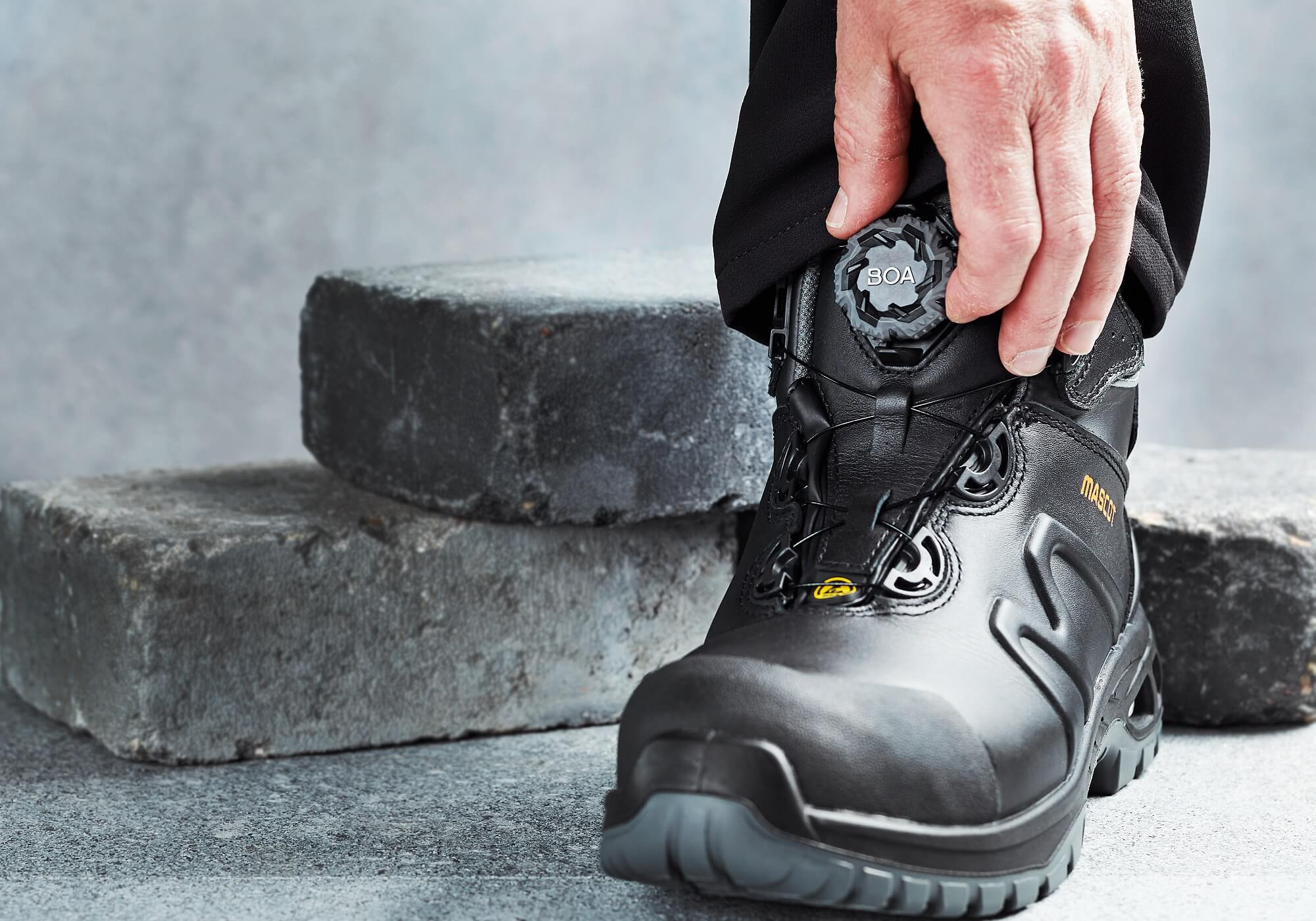 Safety Shoes (high) - Boa® Fit System - MASCOT® FOOTWEAR ENERGY
