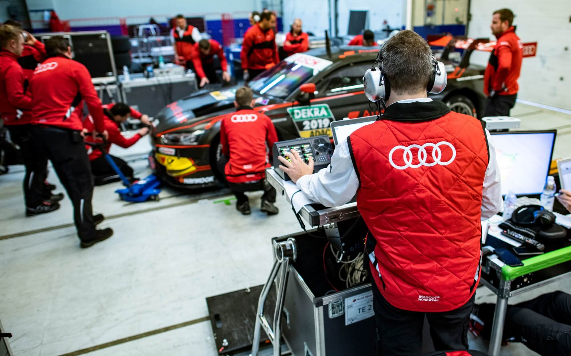Company Clothing - Audi - Frontpage