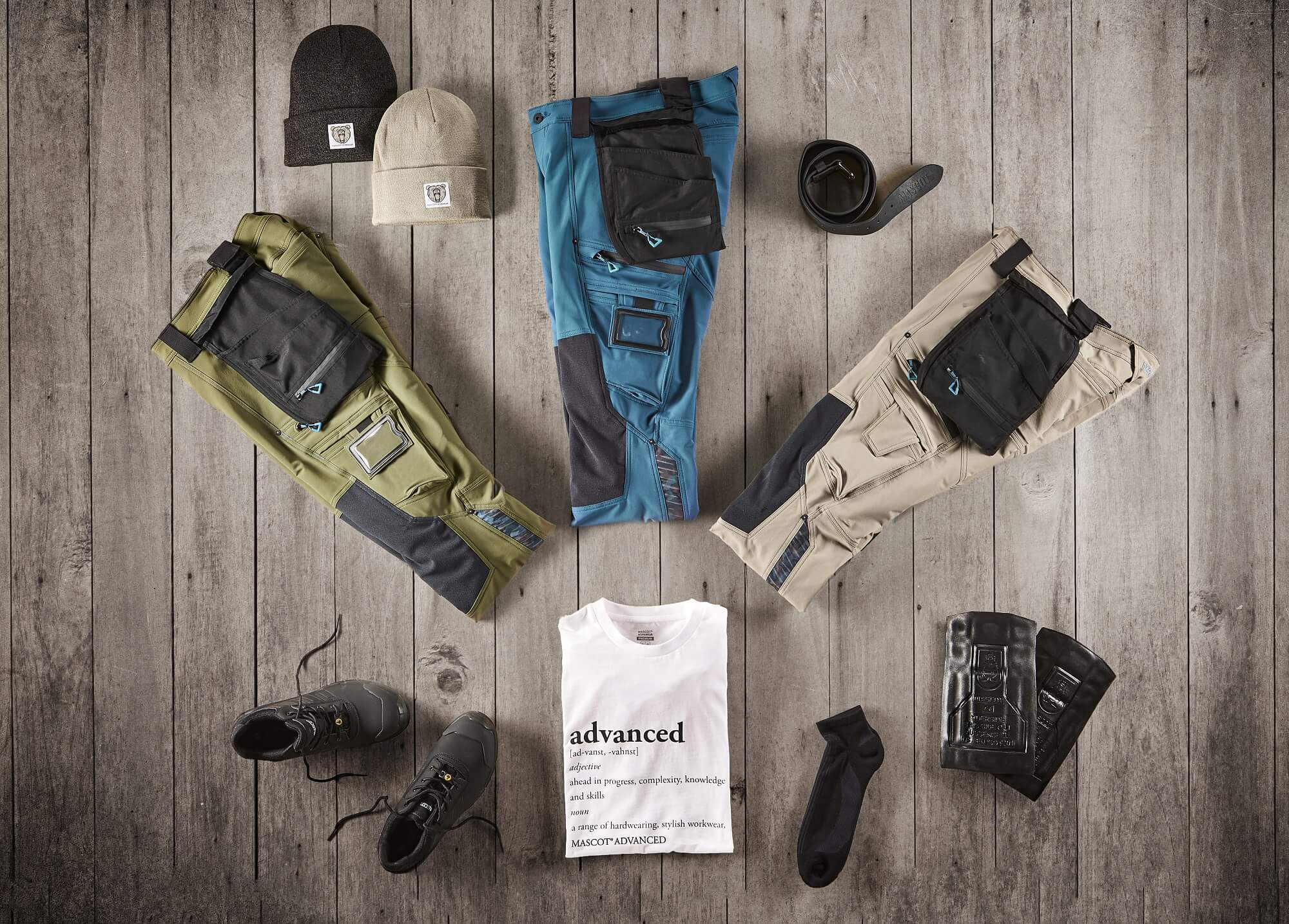 Collage - Trousers, T-shirt & Safety footwear - ADVANCED