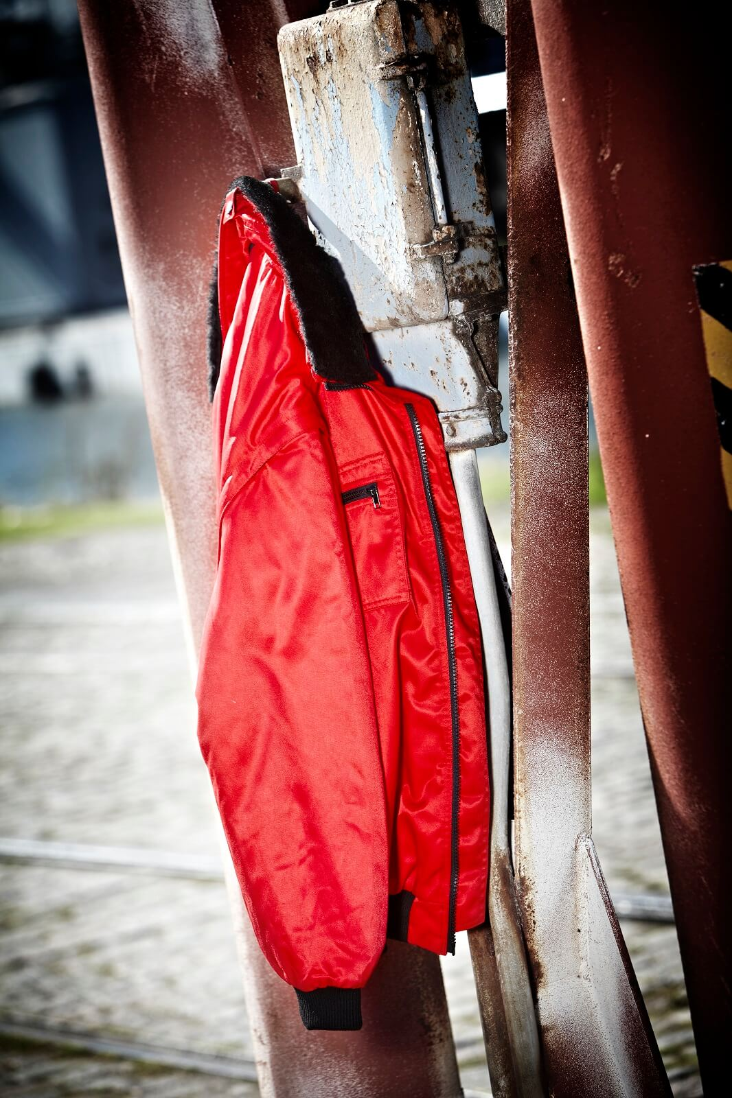 Pilot Jacket Red - MASCOT® ORIGINALS 00520-620 - Environment