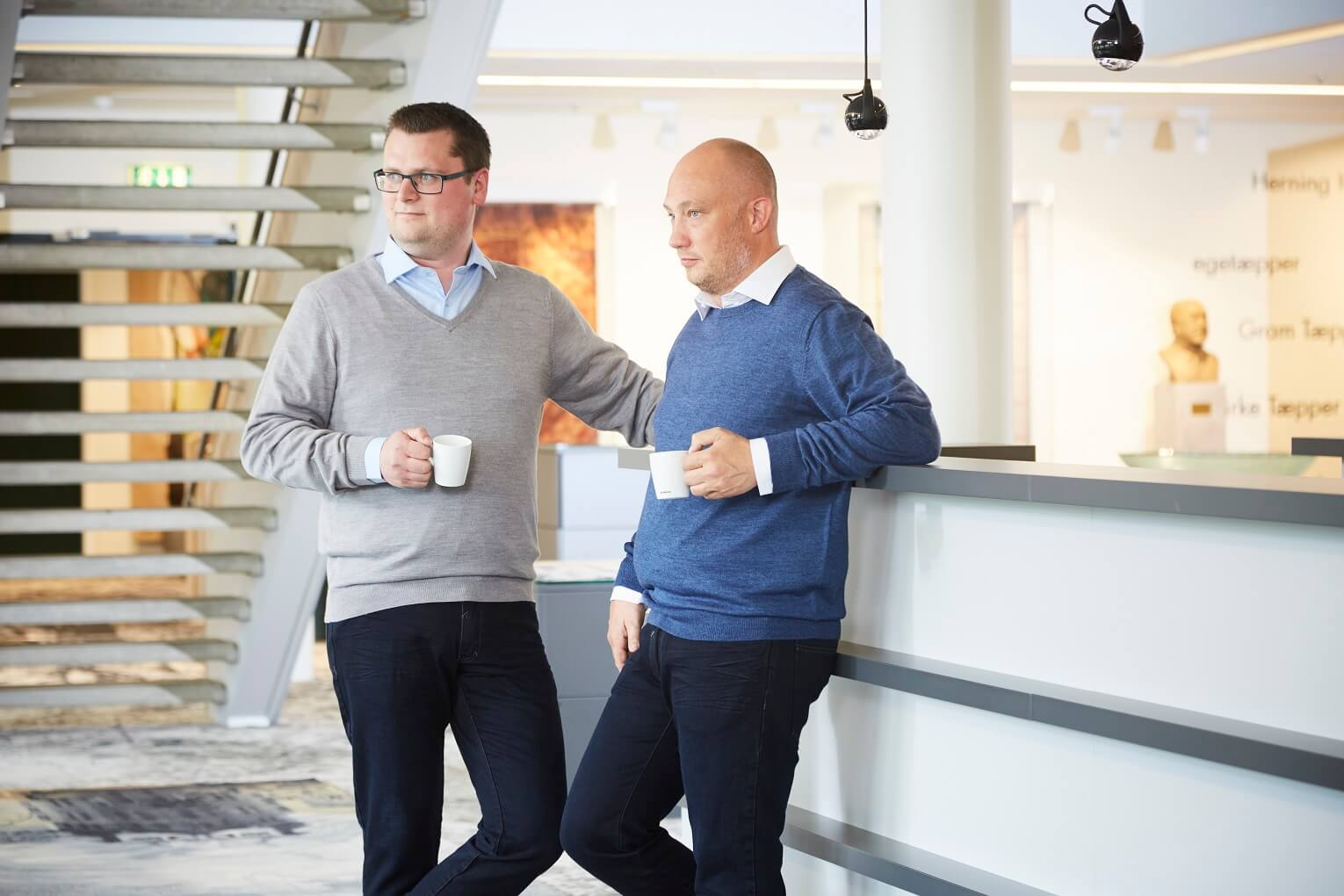 2 Men - Knitted Jumpers & Shirts - Office