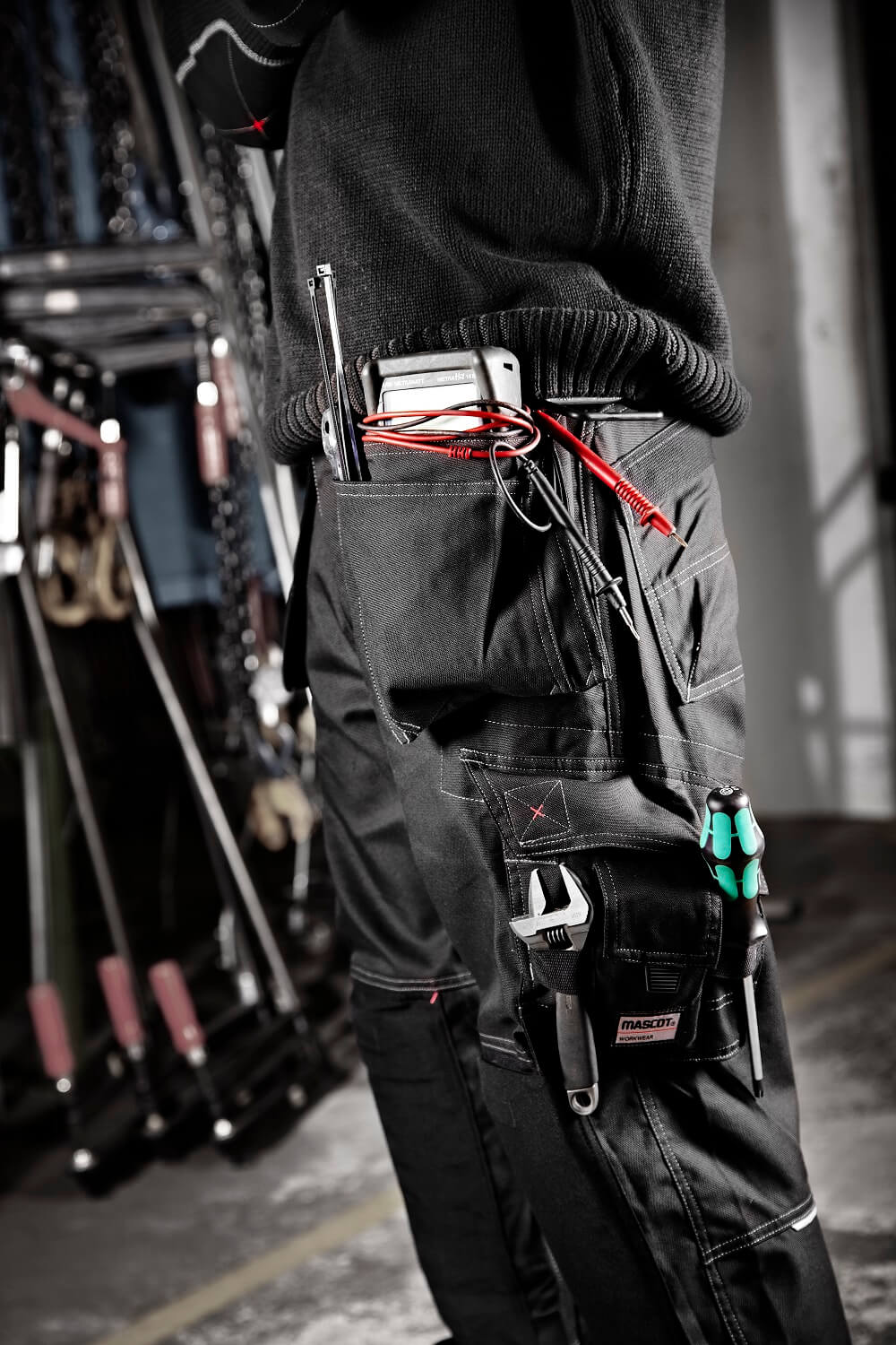 Trousers - Electrician - MASCOT® FRONTLINE Detail